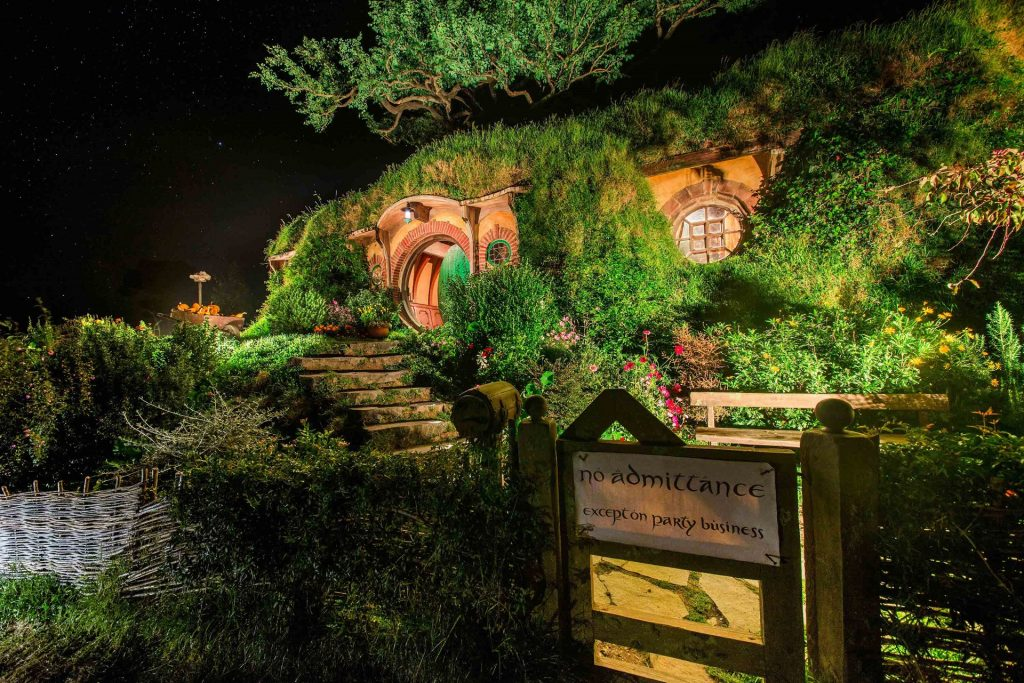 Hobbiton Tours | Platinum Transfers & Tours NZ